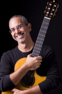 Roberto Taufic (2)